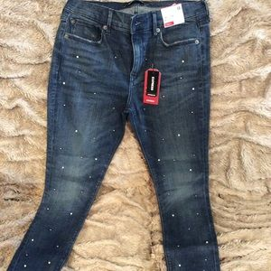 Express pearl and diamond stud jeans. NWT